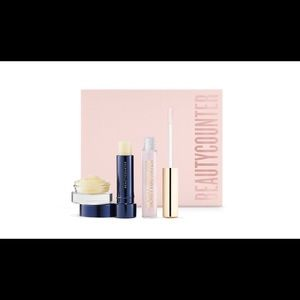 Beautycounter pout perfect or set. New.